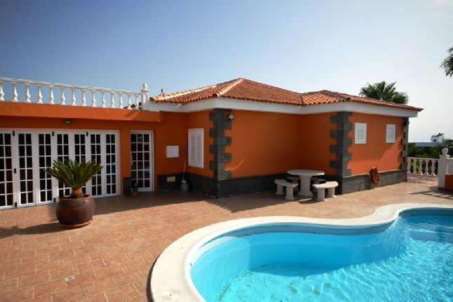 3 bed villa for sale in El Roque, Tenerife, Spain