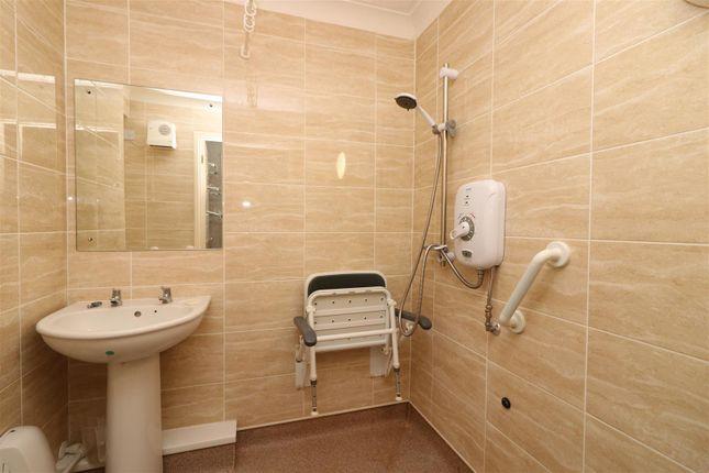 Wet Room of St. Chads Road, Headingley, Leeds LS16