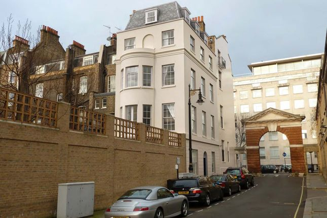 Thumbnail Property for sale in Headfort Place, London