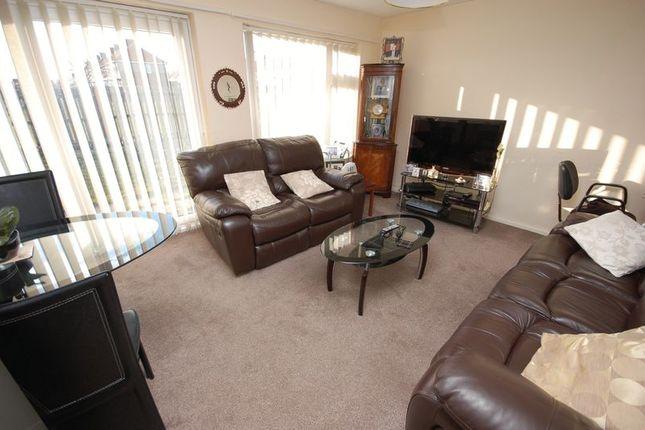 Lounge of West Avenue, Palmersville, Newcastle Upon Tyne NE12