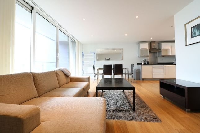 Thumbnail Flat to rent in Fathom Court, Basin Approach, London