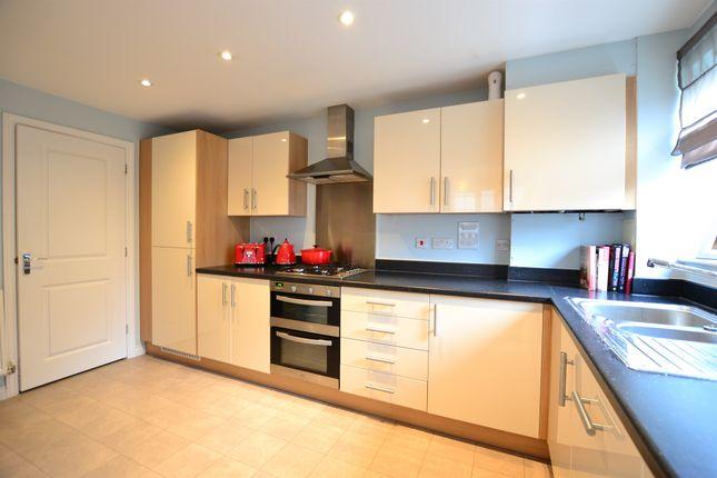 Kitchen: of Gresley Close, Watton At Stone, Hertford SG14