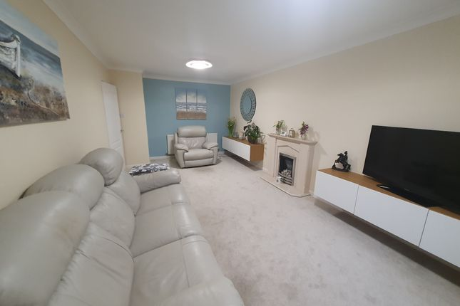 Thumbnail 2 bed bungalow for sale in Fairway, Rochdale