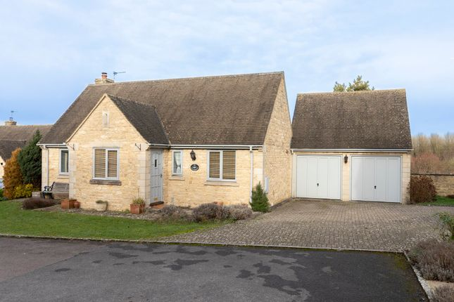 Thumbnail Detached house for sale in Orchard Rise, Burford