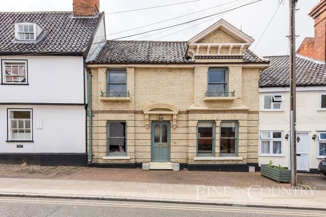 Terraced house for sale in Mount Street, Diss