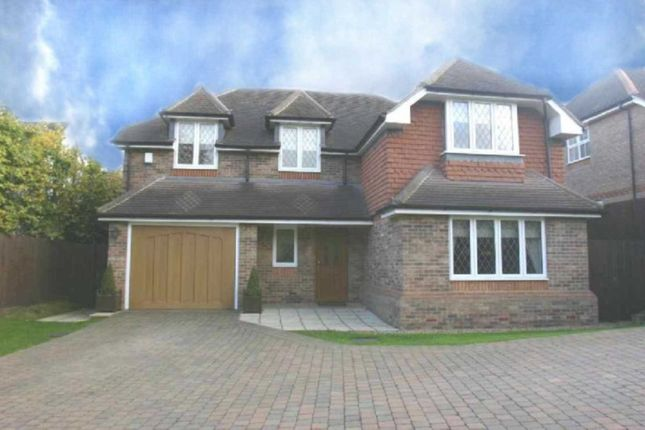 Thumbnail Property to rent in Goodyers Avenue, Radlett