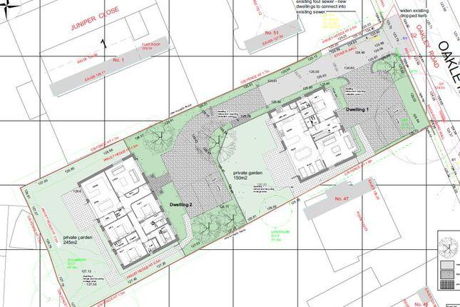 Thumbnail Land for sale in Oakley Road, Leagrave, Luton