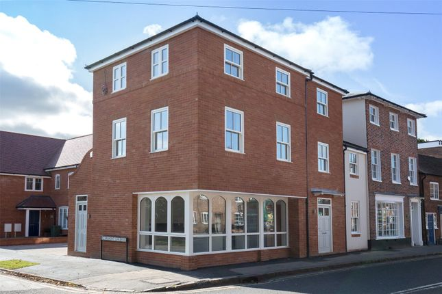 Thumbnail End terrace house for sale in 52 Chapel Street, Marlow, Buckinghamshire