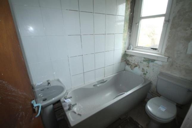 Bathroom of West Kirk Street, Airdrie, North Lanarkshire ML6