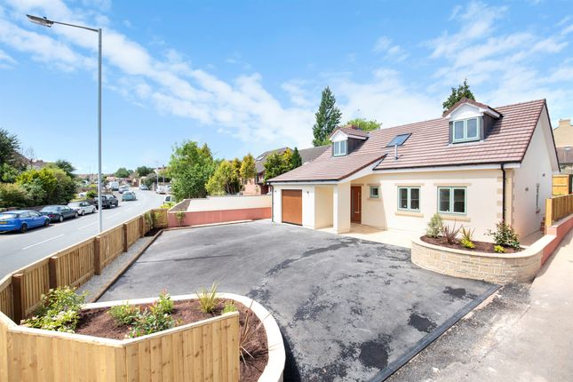 Thumbnail Detached house for sale in Rossiters Road, Frome