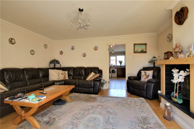 Picture No. 16 of Whitley Wood Road, Reading, Berkshire RG2