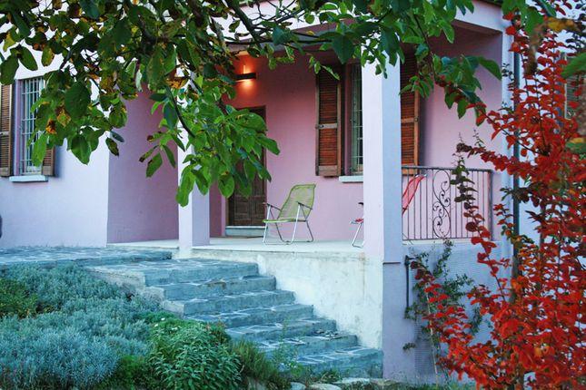 Porch of 1, Casa Elvira - Santa Maria Della Versa, Italy