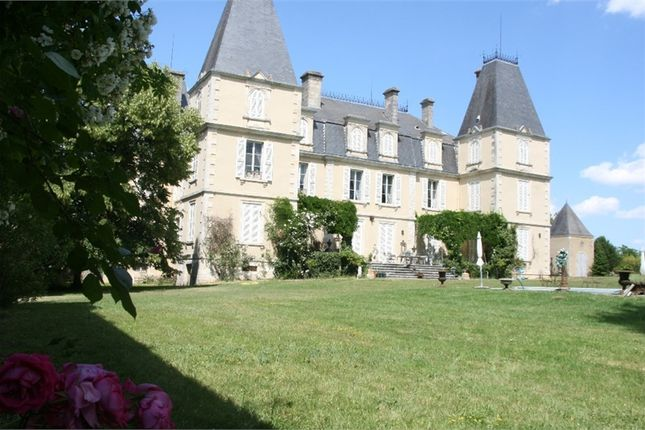 12 bed property for sale in Aquitaine, Lot-Et-Garonne, Agen