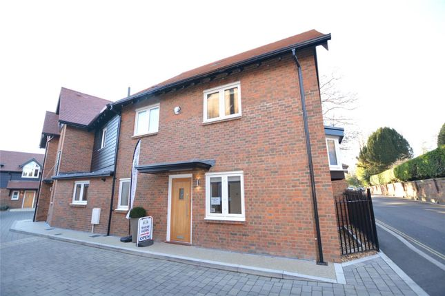 Thumbnail Property for sale in Renaissance Mews, Grove Road, Lymington