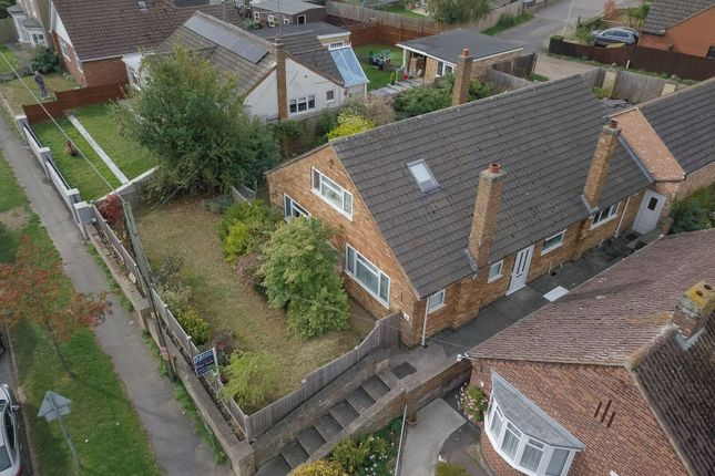 Thumbnail Detached house for sale in Farndish Road, Irchester, Northamptonshire
