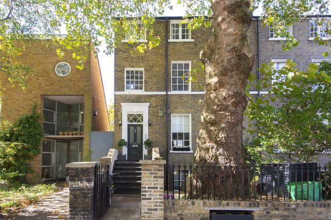 Thumbnail Flat for sale in Rhondda Grove, Bow, London