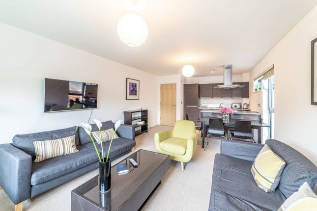 Thumbnail Flat to rent in Oval Road, Camden Town, London