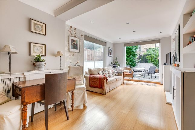 Reception of Radipole Road, Parsons Green, London SW6