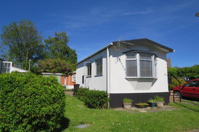 Thumbnail Mobile/park home for sale in Newton Road, Kingsteignton, Newton Abbot