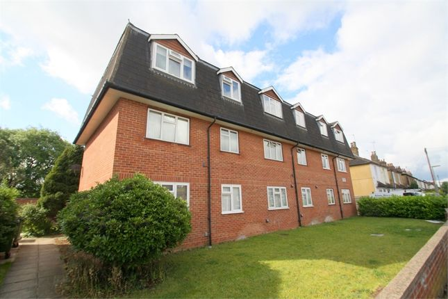 Thumbnail Flat for sale in Edgell Road, Staines-Upon-Thames, Surrey