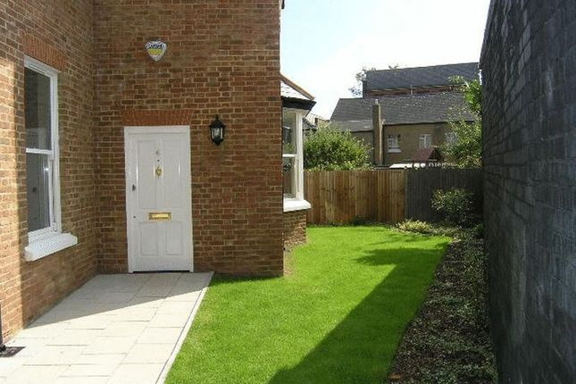 Thumbnail Property to rent in Leinster Mews, High Barnet, Barnet