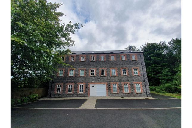 Thumbnail Flat for sale in New Street, Antrim
