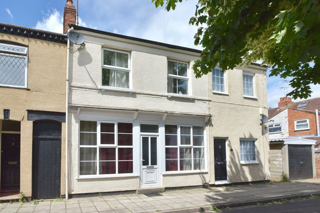 Thumbnail Terraced house for sale in St. Giles Street, New Bradwell, Milton Keynes