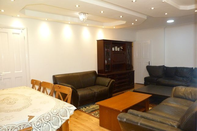 Semi-detached bungalow to rent in Donnington Road, London