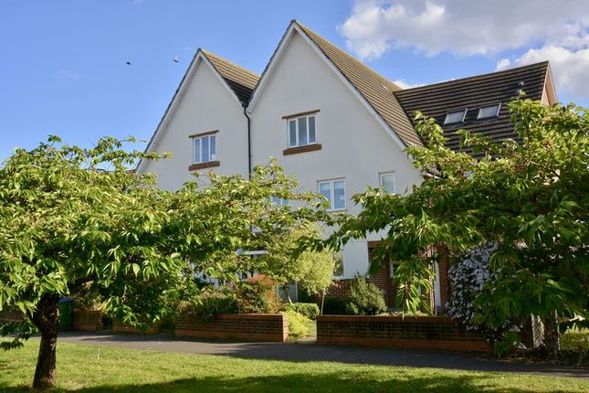 Thumbnail Terraced house for sale in Priory Lane, West Molesey