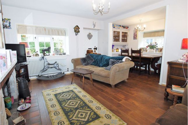 3 Bed Cottage For Sale In Barn Cottages Womersley Doncaster DN6