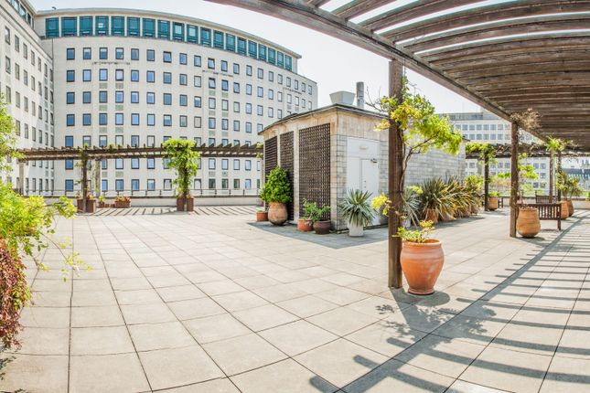 Roof Terrace of The Whitehouse Apartments, 9 Belvedere Road, Southbank, Waterloo, London SE1