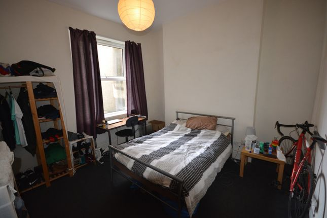 Thumbnail Property to rent in Eaton Crescent, Swansea