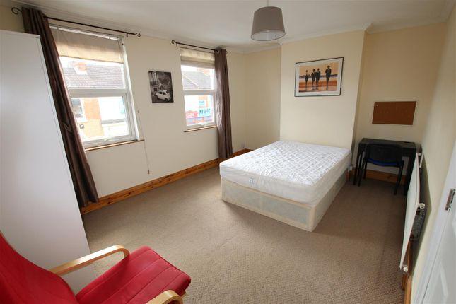 Thumbnail Property to rent in Abington Avenue, Abington, Northampton