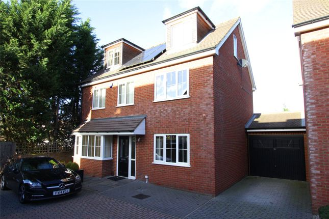 Thumbnail Detached house for sale in Privet Drive, Leavesden, Watford