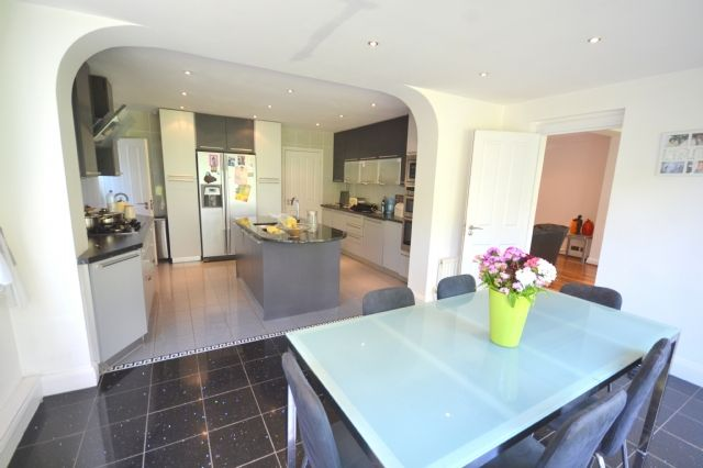 Thumbnail Detached house to rent in Fitzalan Road, Finchley, London