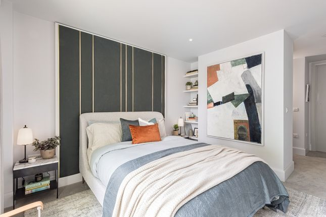 Thumbnail Flat for sale in 74 Portsmouth Road, Cobham