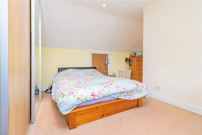 Bedroom 3 of Frensham Road, Crowthorne, Berkshire RG45