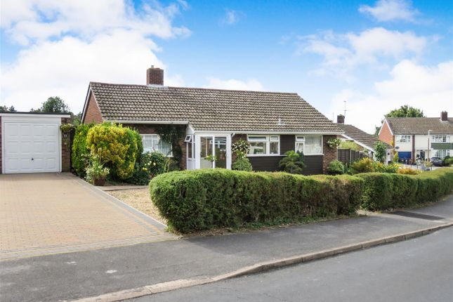 Thumbnail Detached bungalow for sale in Poplar Drive, Royston