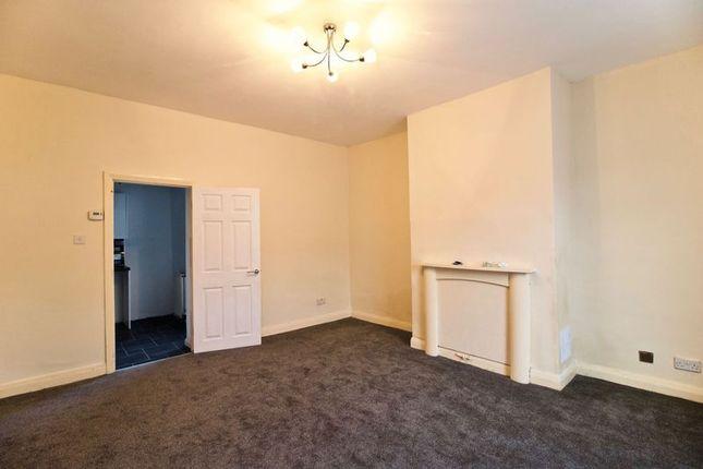 Livingroom of Fartown Green Road, Fartown, Huddersfield HD2
