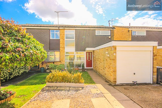 3 bed terraced house to rent in Caldecot Way, Broxbourne
