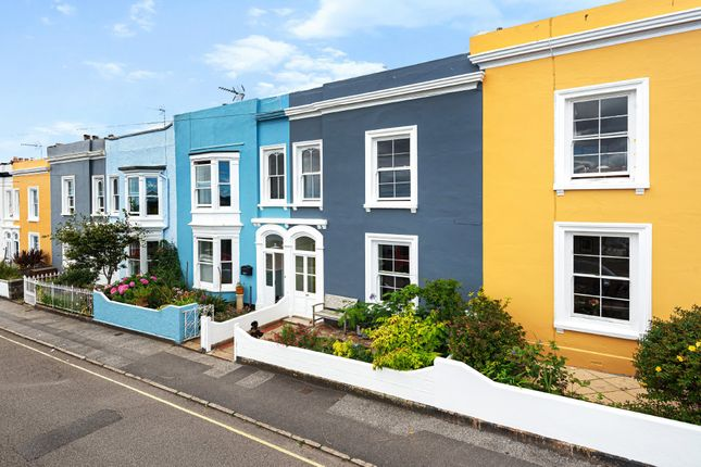 Thumbnail Terraced house for sale in Harbour Terrace, Falmouth