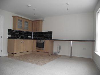 Thumbnail Flat to rent in 12B High Street, Neston, Cheshire