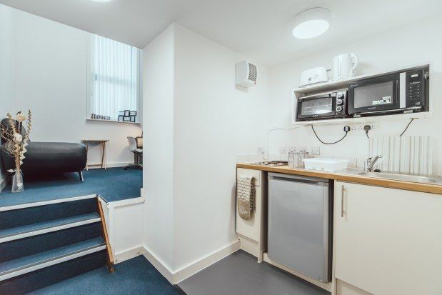Thumbnail Flat to rent in Hill Street, Stoke-On-Trent