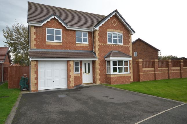 Thumbnail Detached house for sale in Lon Olwen, Towyn