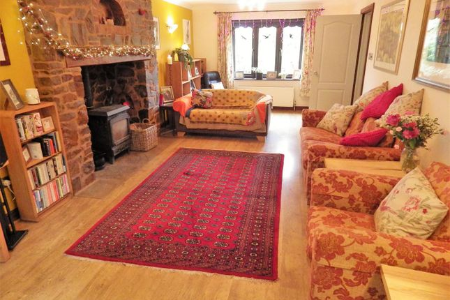 Sitting Room of Shute Wood, Hollocombe, Chulmleigh EX18