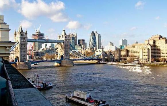 Thumbnail Flat for sale in Spice Quay Heights, Shad Thames