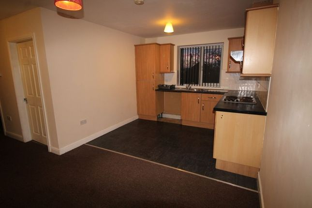 Thumbnail Flat to rent in Elizabeth Drive, Ferry Fryston, Castleford