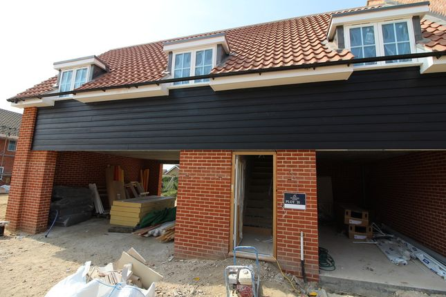 Thumbnail Flat for sale in Brightlingsea, Essex
