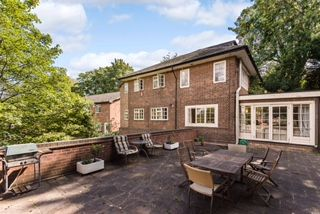 Thumbnail Detached house to rent in Elm Bank, Mapperley Park