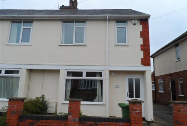 Thumbnail Terraced house to rent in Lincoln Avenue, Lincoln